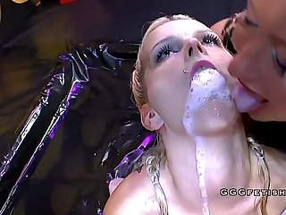 Dirty sluts gives piss to each other